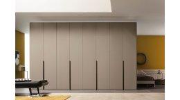 Распашной шкаф по индивидуальным размерам - плюсы конструкции